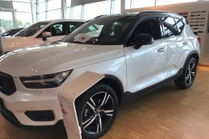 Volvo XC 40 R-Design T5 Twin engine 262cv DCT-7
